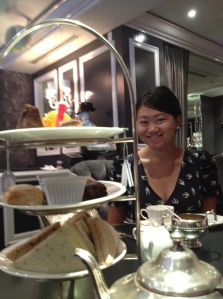 My university roommate Steph took me out for High Tea at MoRoCo last week. Delightful!